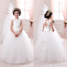 Wholesale Girls Bridal Wear - 2016 Cheap Ivory Bridal Flower Girls Dresses for Weddings Elegant Crew Neck Sleeveless Lace Tulle Kids Formal Wear