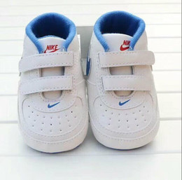 Wholesale Star Boy Summer - 2017 Baby Shoes Newborn Boys Girls Heart Star Pattern First Walkers Kids Toddlers Lace Up PU Sneakers 0-18 Months
