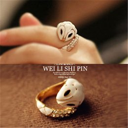 Wholesale Refined Crystal Diamond - Refined and elegant diamond jewelry Korean small white snake ring finger ring tail ring crystal retro gem D021