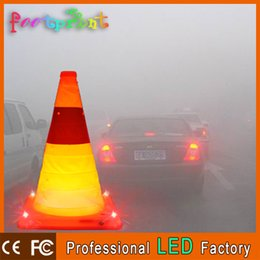 Wholesale reflective traffic signs - Wholesale-Collapsible Traffic Cone With LED Warning Light Road Warning Sign Strong Reflective Material