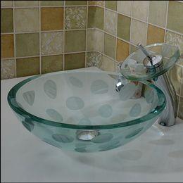 Lavatórios redondos on-line-Pia do banheiro de vidro temperado handcraft balcão top bacia redonda lavatório bengaleiro shampoo vaso tigela HX019