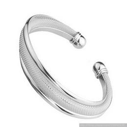 Canada Bracelet en argent 925 poli surface 20pcs / lot Livraison gratuite cadeau de Saint Valentin pour envoyer un cadeau à sa petite amie cheap engagement bangles Offre