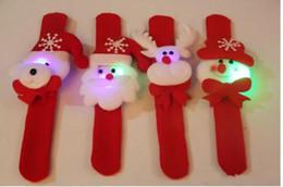 Slap mano giocattolo online-Braccialetti di luce di Natale LED schiaffo Slap Pat Circle Hand Ring Wristband Claus pupazzo di neve orso cervo giocattolo braccialetto ornamenti XMAS bambini braccialetto