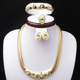 Wholesale Dubai Accessories - 18K Gold Plated Wedding Bridal Jewelry Sets Dubai Gold Plated Accessory Sets 650 African Fashion Costume Jewelry Set