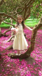 Wholesale Handmade Girls Christmas Clothes - Beautiful Handmade Couture Flower Girl Dress, Wedding Clothing Girl's Baptism Dress, Child's Flower Girl Dress Georgette and Satin