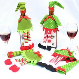 Vente chaude De Noël Elfe De Noël Rouge Bouteille De Vin Ensembles Couvrent Avec Chapeau De Noël Vêtements Pour Le Dîner De Noël Décoration Maison Halloween Cadeau ? partir de fabricateur