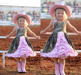 Wholesale Hunter Gifts - 2015 Custom Made Camo Flower Girls Dresses For Wedding Knee Length Ruffles Tiered Pageant Party Gowns For Girls Birthday Gift Dresses