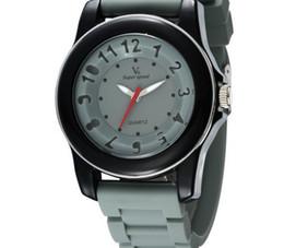2019 venta caliente Nuevo V6 Casual Relojes de Cuarzo Relojes de Hombre más color Reloj Dropship de silicona Reloj de Moda Horas Reloj desde fabricantes