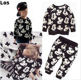 Wholesale Cartoon Clothes Button - Fashion Christmas Clothing 2pcs Set Cartoon Mickey Mouse Boy Girls Hooded T-shirt + Pants Outfits Kids Clothes Outwear Suit Blackwhite K6128