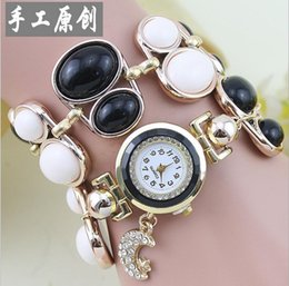 Wholesale Digital Table Design - Korean version of the original design of high-end fashion ladies watches wound three times pearl bracelet table table