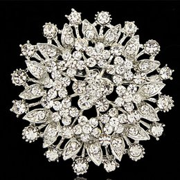 Wholesale Wholesale Round Bridal Brooches - 2.4 Inch Large Round Flower Clar Diamante Crystal Bridal Bouquet Brooch For Wedding Cheap Price Jewelry Wholesale Vintage Rhodium Plated Pin