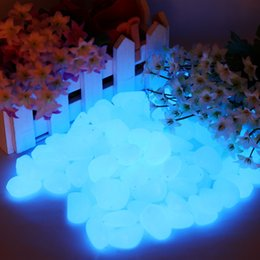 Wholesale Gardening Ornament - Free Shipping 100g 33Pcs Lot Luminous SkyBlue Pebbles Stones glow in the Dark decoration garden ornaments Fluorescent Stones Cobbles
