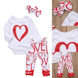 Barboteuses bébé filles tenue garçons vêtements barboteuse bandeau 3 pièces ensemble LOVE lettre pantalon coeur onesies kid adorable vêtements en gros ? partir de fabricateur