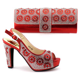 Wholesale ladies floral shoes - Shoes and Bag Set African Sets 2017 Ladies Italian Shoes and Bag Set Decorated with goldRhinestone Nigerian Shoes! OB1-4