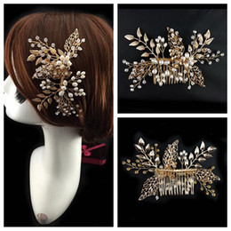 Wholesale Lady Elegant Hair - Crystal Pearls Beaded Bridal Comb Elegant Bride's Hair Pieces Gold Decoration 2016 Top Sale Online Head Wear Evening Prom Party For Ladies