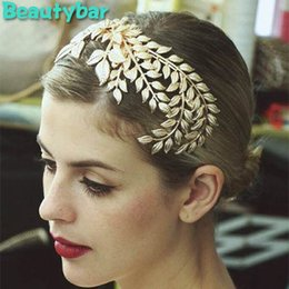 Wholesale Gold Leaves Hair Accessories - Bridal Hair Accessories vintage Flower Quality Gold leaves crown Top Quinecera Tiaras and crowns For Wedding Prom