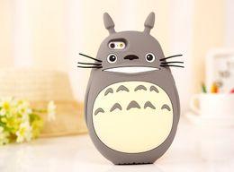 Lindas cubiertas de teléfonos móviles online-Linda caja del teléfono móvil de dibujos animados 3D My Neighbor Totoro Case para iPhone 6 6s 5 5S SE casos de silicona suave contraportada