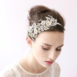 Wholesale Vintage Rhinestone Head Piece - Free Shipping 2017 New Vintage Hair Band Head Pieces Pearls Crystals Wedding Bridal Hair Accesories Hairband