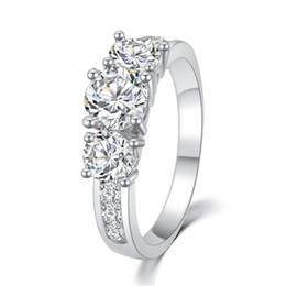 Marque Design Haute qualité Mode Élégant Romantique Noble Plaqué 18 K Réel Or Zircon Cristal Anneaux Engagement bijoux PT32 ? partir de fabricateur