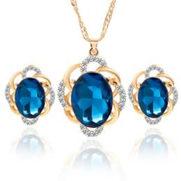 Серьги с бриллиантами онлайн-Невесты комплект ювелирных изделий австрийский Кристалл полный алмазов кулон ожерелье и серьги женщин ювелирные наборы партии комплект ювелирных изделий