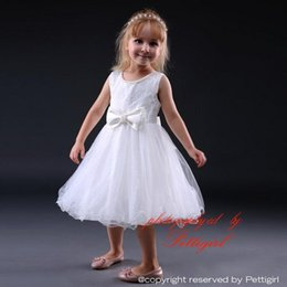 Wholesale Bow Dress For Kids - Pettigirl Hot Sale Girls White Dress For Wedding Sleeveless With Bow Princess Dresses Factory Price Kids Clothes Free Shipping GD80905-2