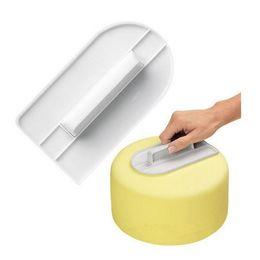 Wholesale Plastic Model Tools - White Cake Smooth Surface Cream Face Wipe Tools Cake Sugar Flower Bakeware Fondant Decorating Plastic Mold Baking DIY Supplies