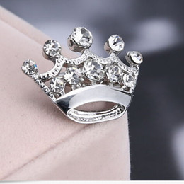 Wholesale Rhinestone Crown Jewelry Wholesale - Hot Selling Silver Tone Clear Crystal Small Crown Pin Brooch B015 Very Cute Alloy Women Collar Pins Wedding Bridal Jewelry Accessories Gift
