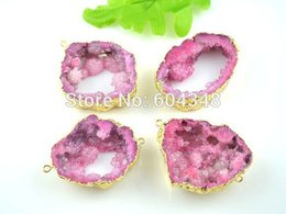 Wholesale Drusy Connectors - 5pcs Geode Quartz Druzy Connector Beads in Pink Color, Crystal Drusy Gem Stone Pendant, Gold plated Edge Druzy Connector
