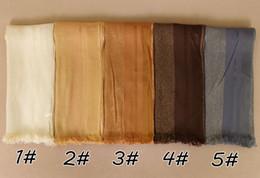 fester roter schal chiffon Rabatt Laven 2017 neueste moslemischer hijab schimmer plain fringe schal frauen beliebte glitter schals lange schwarze shades BS494