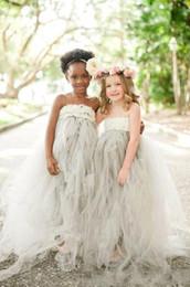 Wholesale White Strapless Dresses For Kids - Pretty Floor Length Flower Girl Dresses For Weddings A Line Strapless Tulle Kids Bridesmaid Dresses Custom Made
