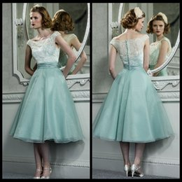 Wholesale Junior Bridesmaid Beading Dresses - Vintage White Lace Short Bridesmaid Dresses A Line Organza Skirt Scoop Neckline Cheap Junior Bridesmaid Dress