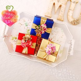 Wholesale Navy Favor Boxes - New Arrival Wedding Favors Square Paper Boxes With Gold Ribbon and Flower Elegant Red Navy Blue Champagne Favour Boxes Hot Selling Drop ship