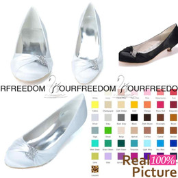 Wholesale Bridesmaid Shoes Flats - 9001-03 Simple White Flats Weding Shoes Sparkly crystal Custom Made Bridesmaid Shoes Women Shoes Evening Prom Party Shoes High Quality