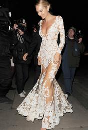 Canada Style de la rue Les femmes élégantes dentelle blanche V-cou maxi robe sexy élégante partie robes de soirée femmes robe de mariée Lady blanc dreses Offre