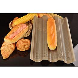 Plateau de carbone en Ligne-Nouveau plateau de cuisson de pain français Baguette, support de cadre de baguette de couleur or, moules de cuisson de pain de baguette en acier au carbone antiadhésif