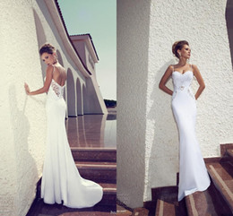 Wholesale Spaghetti Open Back Wedding Dress - 2015 Romantic Julie Vino Sheath Wedding Dresses Sexy Spaghetti Straps Lace Appliqued Keyhole Open Back Summer Beach Bridal Gowns new design