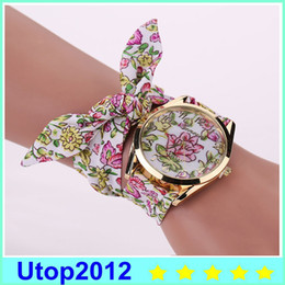 Wholesale Wholesale Auto Fabric - 2017 Hot Selling Casual Summer Style Fabric Bracelet Wristwatch Women Fashion Watch Geneva Watches Reloj Watch From Utop2012