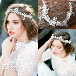 Wholesale Cheap Wedding Hair Bands - $17.99 Free Shipping Cheap 2016 New Vintage Wedding Bridal Hair Band Pearls Crystals Beaded Bridal Hair Decoration CPA512