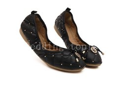Wholesale China Wholesale Fallen Shoes - Free shipping! China factory wholesale foldable women flat casual shoes for wedding or travel use