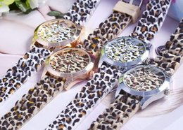Wholesale Wholesale Leopard Watches - 2015 fashion classic leopard print watch ladies jelly analog girl wristwatch Geneva Dress quartz women men silicone band dress watches