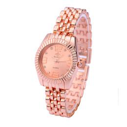 Relógio estilo genebra ouro on-line-2015 moda completa de aço relógios de ouro estilo geneva assista relógios de pulso das mulheres se vestem relógios dos homens relógios de quartzo presente