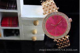 Wholesale Round Spots Mm - Women's fashion trends Ding MM WATCH alloy watch male and female watches wholesale spot