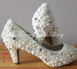Wholesale girls pearl dress shoes - Fashion Shoes for Party ceremony Imitation Pearl Wedding Bridal Shoes low middle high heel 4 Inches Handmade Girl Formal Dress Shoes