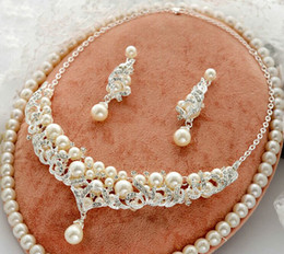 Wholesale Rhinestone Studded Dresses - Beautiful Silver Plated Clear Bright Rhinestone Crystal Studded Nice Ivory Pearls Bridal Dress Jewelry Sets Necklace Sets