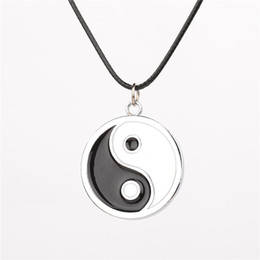 Wholesale tai chi charms - Chinese Tai Chi Logo Pendant necklace Anime Naruto Neji yin yang ying yan enamel black and white Necklaces Cosplay Accessories Jewelry