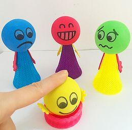 Нейлоновые куклы онлайн-2017 Прыжки куклы игрушки эластичный нейлон прыжок куклы дети пены палец игрушки для маленьких девочек и мальчиков