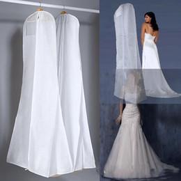 A buon mercato Bianco No Logo Wedding Gown Bag Garment Dust Covers Doppio tessuto non tessuto Borse Mermaid Wedding Dress Dust Cover per la sposa di alta qualità da