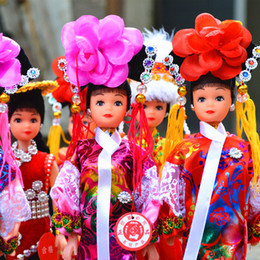 Wholesale Ethnic Craft Gift - Wholesale-Gifts Forbidden City Princess ethnic dolls Features arts and crafts silk ornaments people(Random delivery)