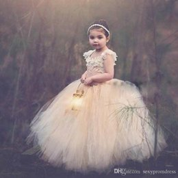 Wholesale Design Gold Dresses Wedding - Wonderful Design Flower Girl Dresses For Weddings Vintage Special Occasion Ball Lace Appliques Puffy Champagne Tulle Communion Dresses 2017