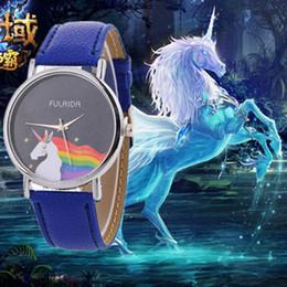 Женва смотреть женщины розовые онлайн-Самые продаваемые женские поясные часы Geneva unicorn кварцевые часы белый, красный, синий, черный, голубой, коричневый, бежевый, розовый, пурпурный